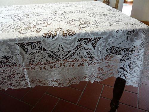 Tovaglia su tavolo perb1